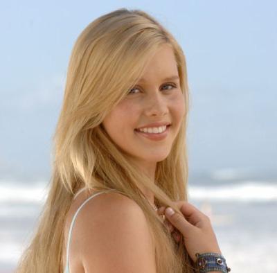 Claire Holt alias Emma.jpg