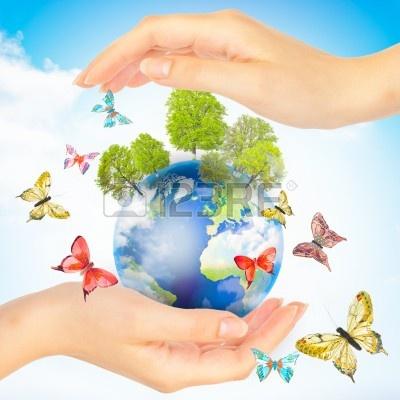 9698436-mains-et-la-terre-concept-sauver-la-planete-verte-symbole-de-la-protection-de-l-39-environnement.jpg