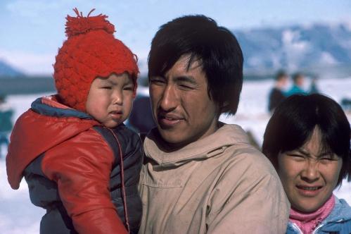 inuit_family.jpg