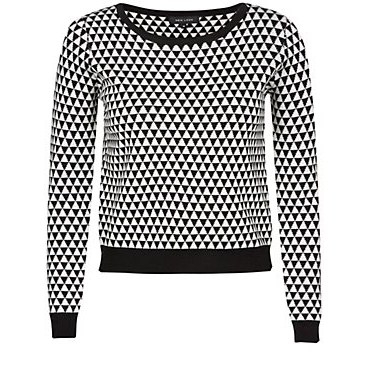 pull noir et blanc 2299 euros.jpg