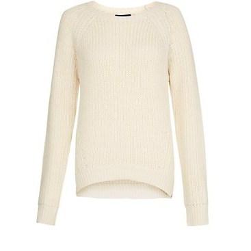 pull blanc 2299 euros.jpg