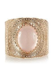 manche avec pierre pastel rose 799 euros.jpg