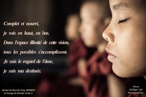 Jeune Bouddhiste.jpg