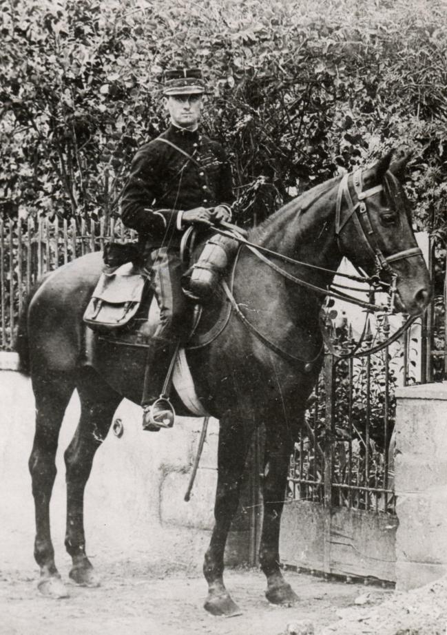 Albert Lebrun sous-lieutenant 1892.jpg