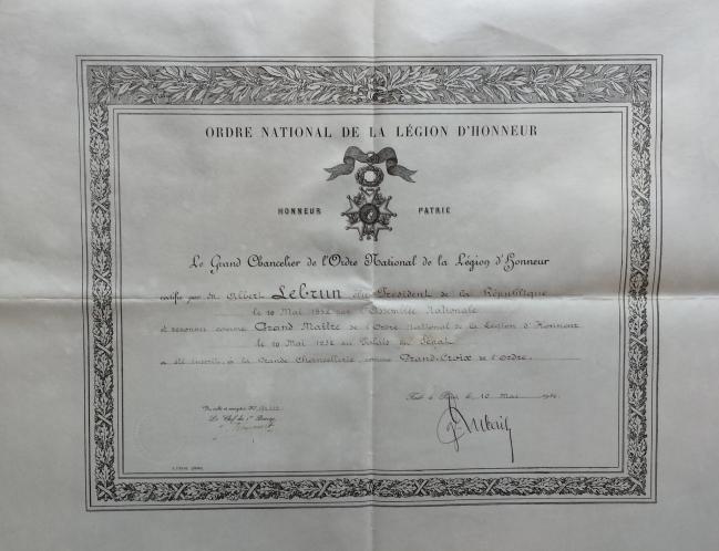 Brevet légion d'honneur mai 1932.jpg