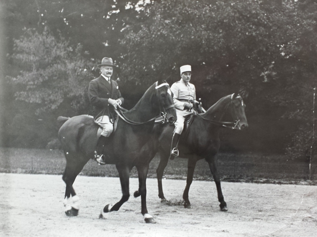 Rambouillet promenade à cheval 1936.jpg