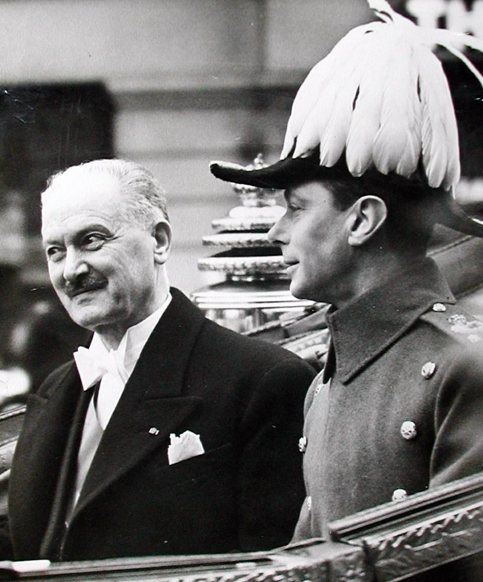 Visite Londres avec George VI mars 1939.jpg