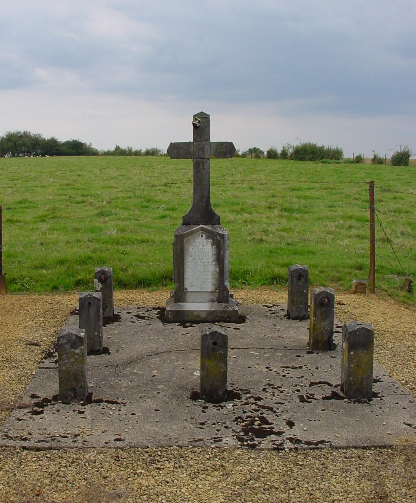 Monument bataille 1914 Boudrezy 2 b.jpg