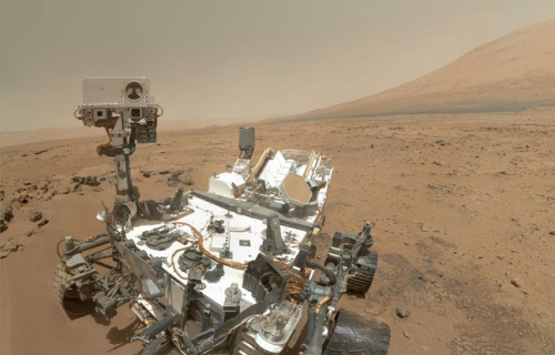 648x415_robot-curiosity-pied-mount-sharp-mars.jpg