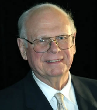 Paul Hellyer.jpg