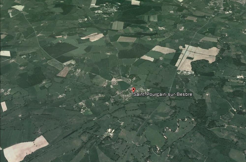 Saint Pourcain sur Besbre 2.jpg