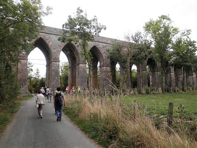 UTL Grande marche aqueduc Tonnay Charente .jpg