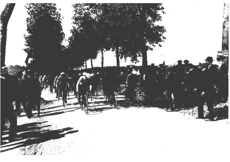 tour de France 1er juil 1903 Montgeron 001.jpg