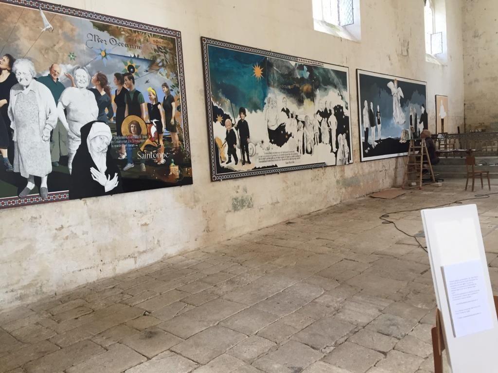 UTL eglise st-symphorien Peintures réalisées gracieusement par Jean Michel Bénier pour trouver les fonds pour restaurer l'église.jpg