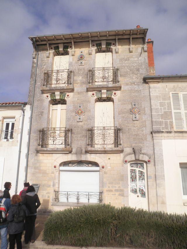 UTL grande marche 17 01 2018 maison art nouveau Tonnay-Charente.jpg