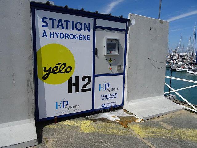 port des minimes la station à hydrogène émet du bruit et un écoulement inquiétant.jpg