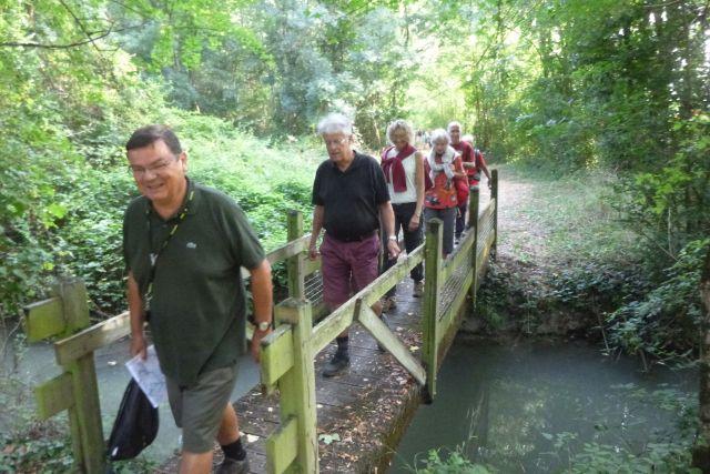 UTL grande marche 5 09 2018 Landrais Canal de Charras groupe2.jpg