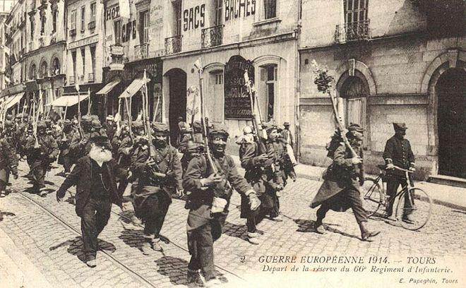 mobilisation de soldats aout 1914.JPG