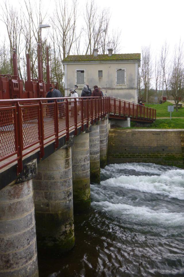 UTL grande marche Porte de Tonnay Boutonne barrage de l'houmée 6 03 2019.jpg
