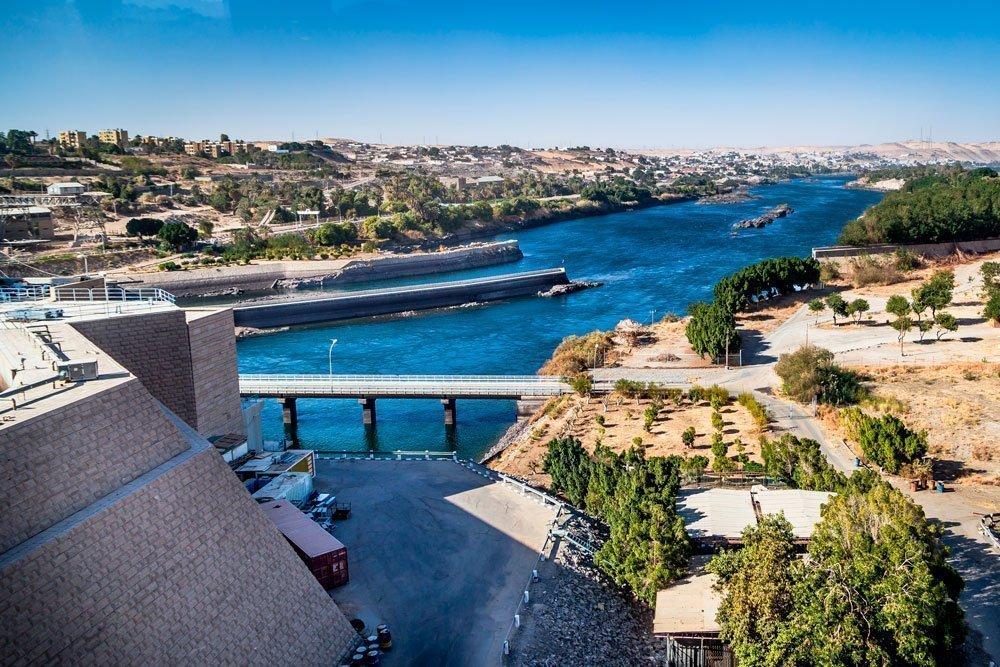 haut barrage d'Assouan.jpg