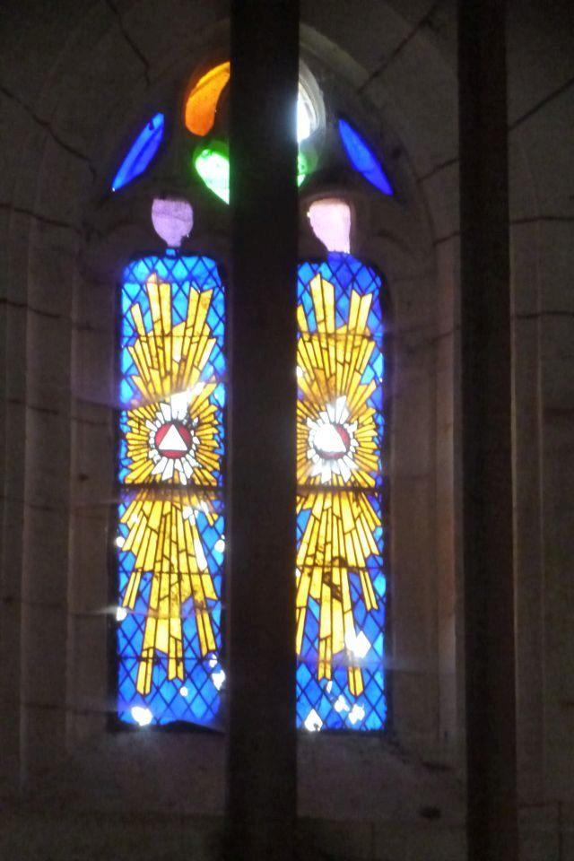 UTL grande marche Eglise St-Nicolas vitraux1 9 12 2019   les Essards.jpg