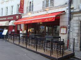 Angouleme restaurant façade.jpg