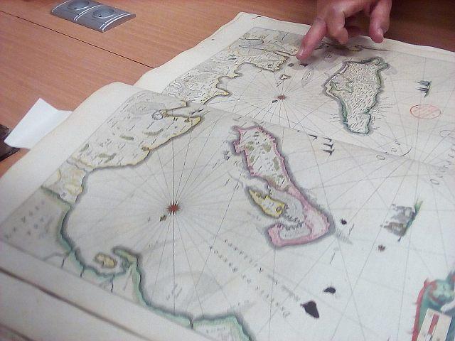 Fonds saintonge et carte Oléron.jpg
