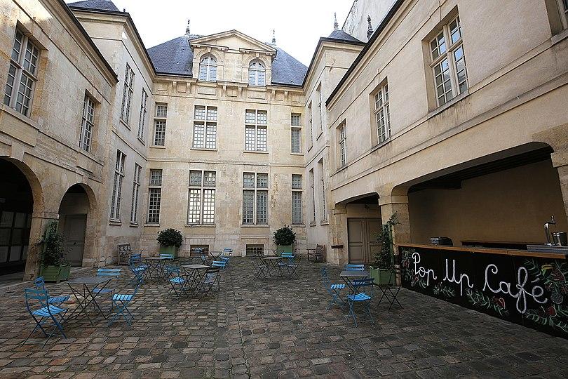 Musee_cognac_jay_paris.jpg
