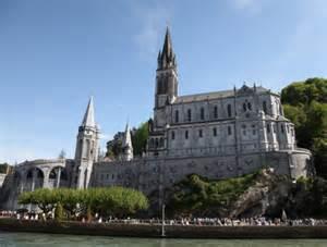 Notre Dame de Lourdes.jpg