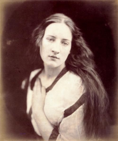 The_Echo__by_Julia_Margaret_Cameron.jpg