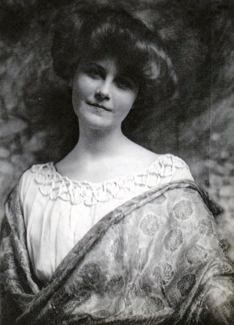 23._Lisa_Lotte_Lindstr_m._1900s.jpg