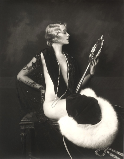 Ziegfel-Girl-alfred-cheney-johnston.jpg