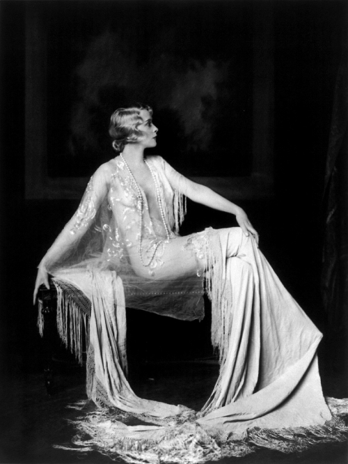 Muriel-Finlay-Ziegfeld-girl-by-Alfred-Cheney-Johnston7.jpeg