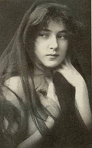 180px-Evelyn-Nesbit-age-16-1901.jpg