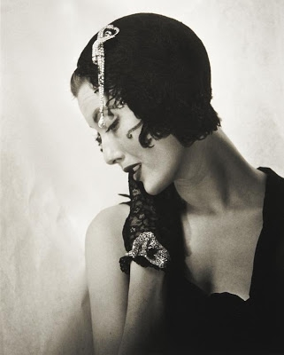 Louise Dahl-Wolfe - Mary Jane Russell with Dior Swan Hat Paris 1949.jpg