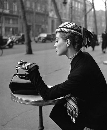 georges-dambier-capucine-pour-elle-bld-de-la-madeleine-paris-1952.jpg