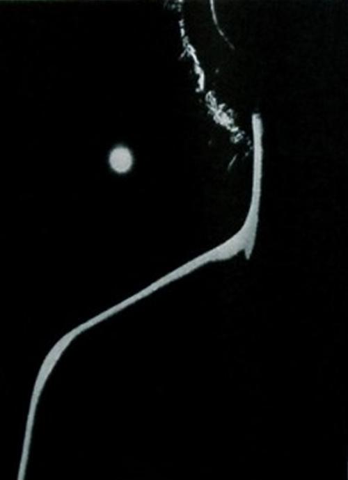 katsuji-fukuda-1948-from-a-solitary-modernist-photographer-katsuji-fukuda-exhibition-japan-yamaguchi-prefectural-museum-of-art-1994.jpg