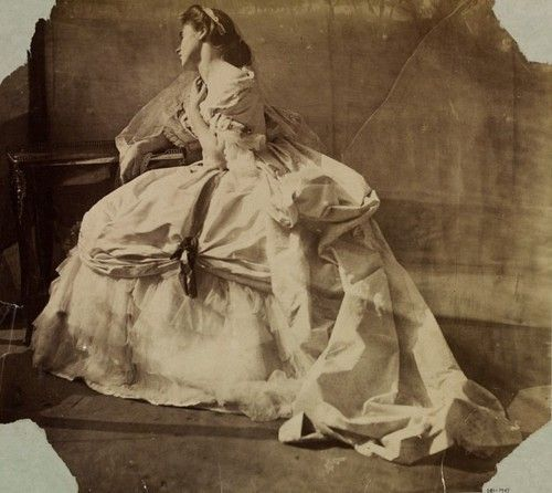 clementina-lady-hawarden-1864-1354029973_b.jpg