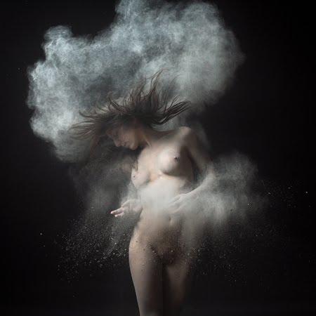 dust4-olivier-valsecchi.jpg