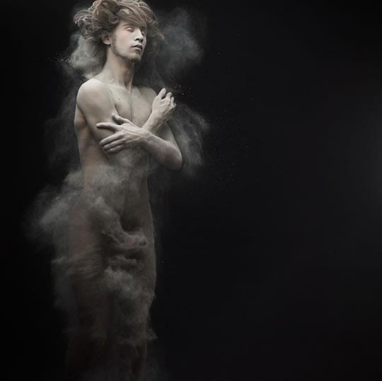 olivier_valsecchi_dust-3.jpg