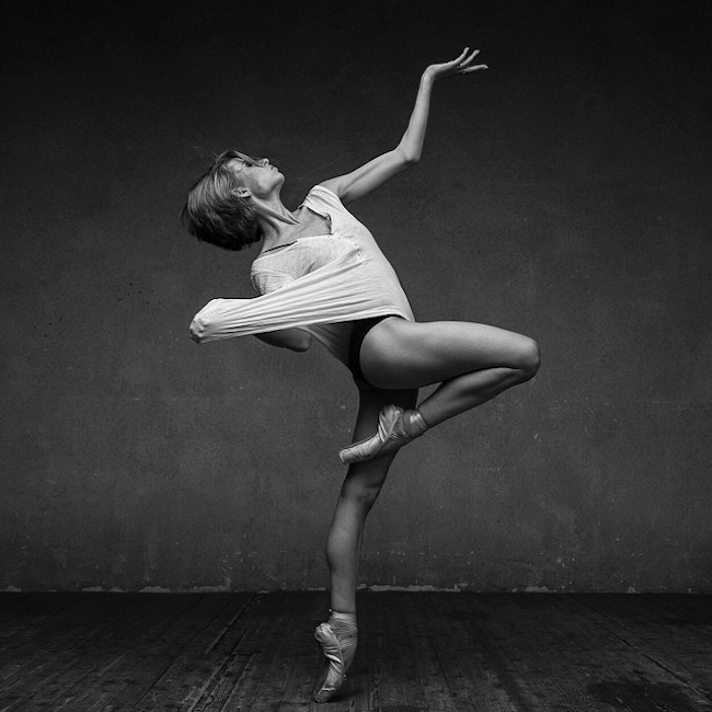 Delightful_Dance_Portraits_by_Russian_Photographer_Alexander_Yakovlev_2015_03.jpg