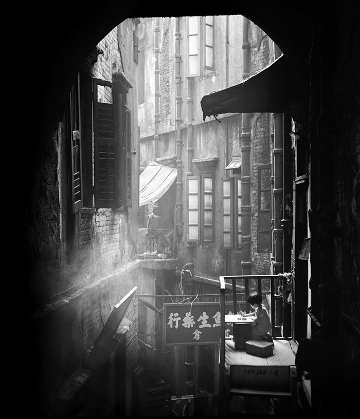 fan-ho-photographies-de-hong-kong-dans-les-annees-50-8.jpg
