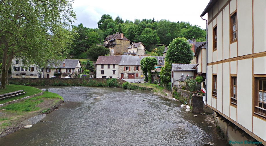 Ségure Le Chateau 2.JPG