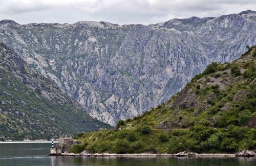montenegro golfe .jpg