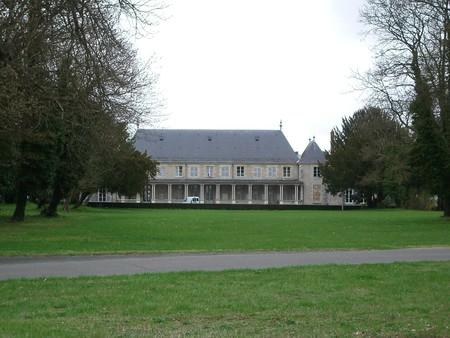Chateau_de_la_Source.JPG