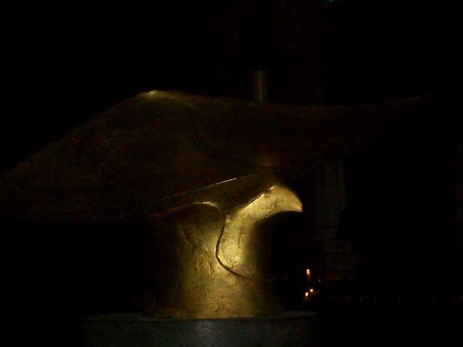 Mystères egyptiens dans la cathèdrale du Puy en Velay