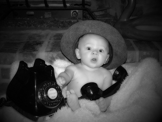 bébé téléphone.jpg