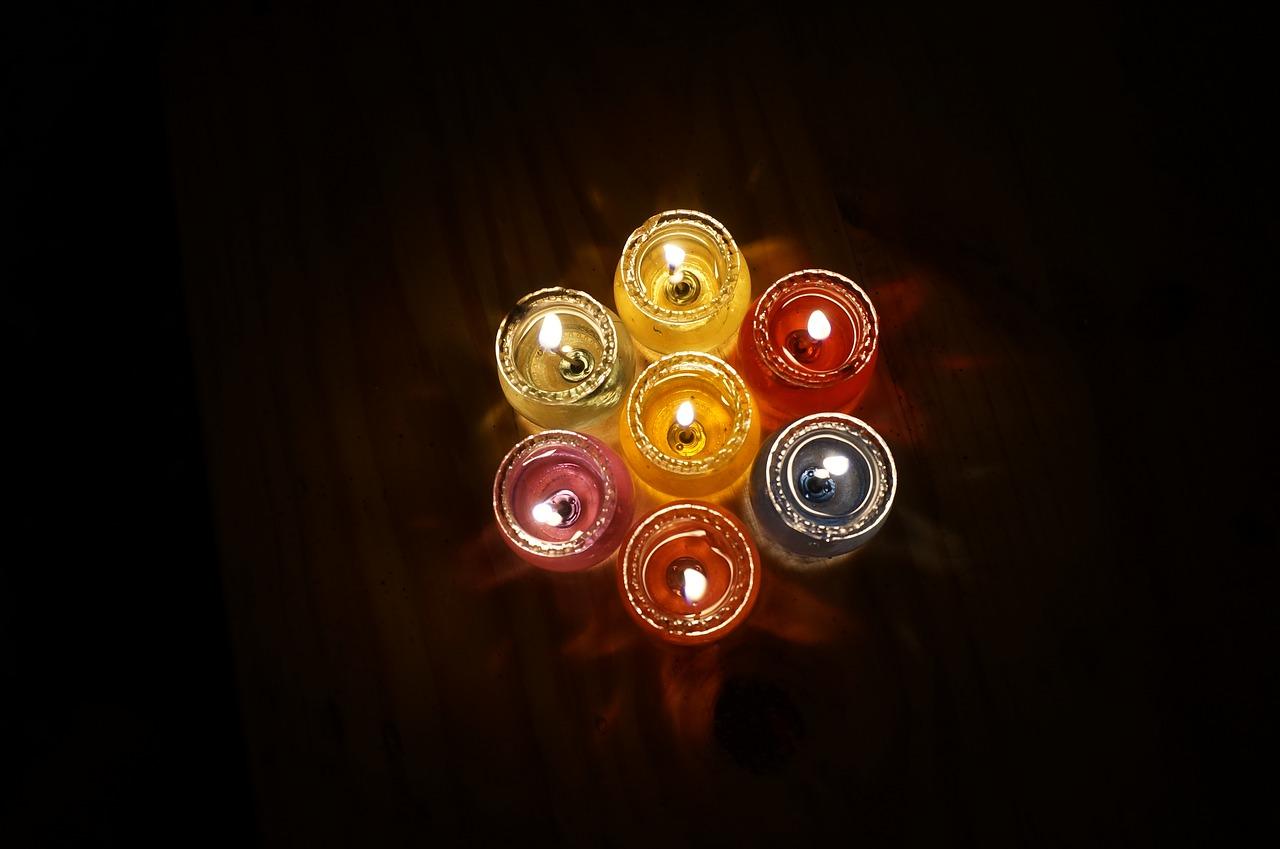 candles-1558796_1280.jpg