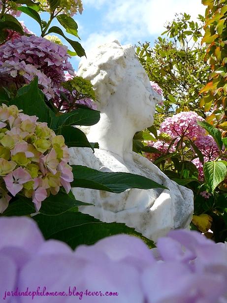malouiniere-statue.jpg