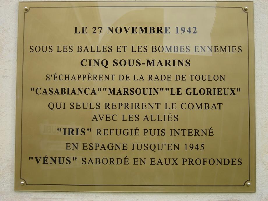 Plaque posée sur un édifice de la BSM Toulon.jpg